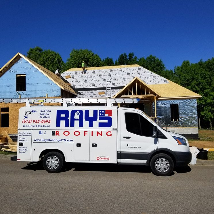 rays-roofing-truck